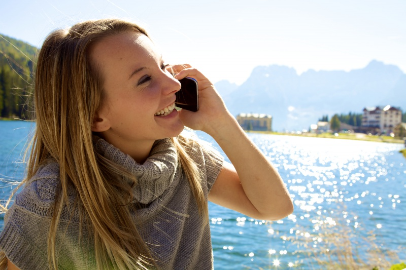 10 Reasons The Forgotten Phone Call Is The Best Kept Secret In Dating